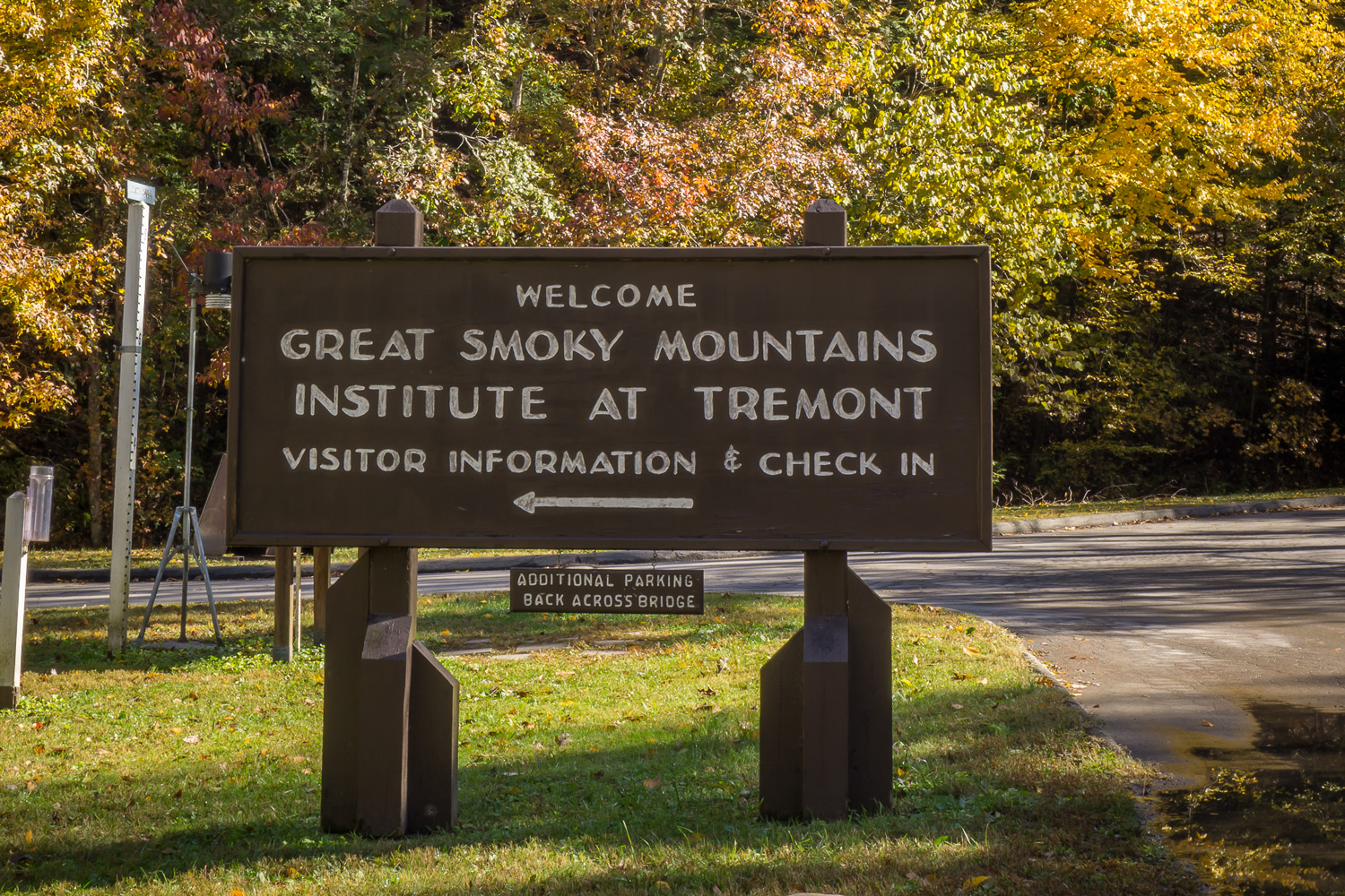 Tremont Institute Welcome Sign, photo by David Bryant
